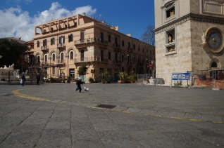 Lenny chasing pigeons in Messina.
